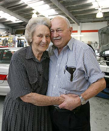 FONDLY REMEMBERED: Former mayor of Mt Eden Borough Gordon Johns and his wife Beverly on