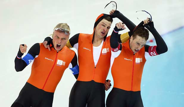 Netherlands skating relay