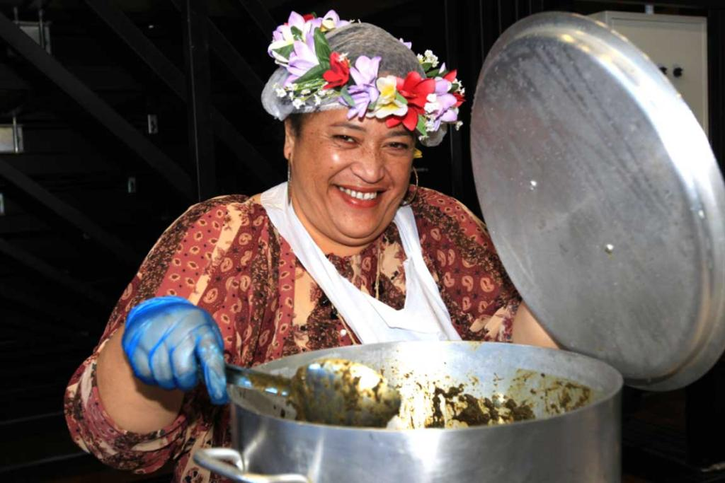 Tai Avatea cooks up Rukau and Pork with a tropical taste at the Southern Wild Food Festival.