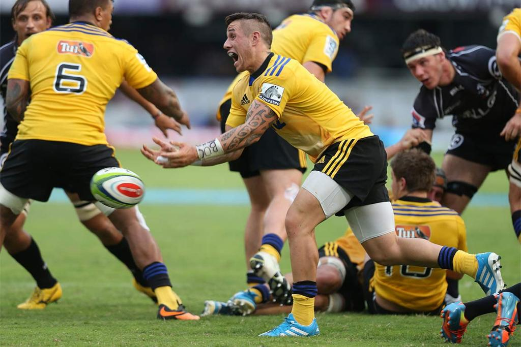 Halfback TJ Perenara looks to generate some quick ball against the Sharks.