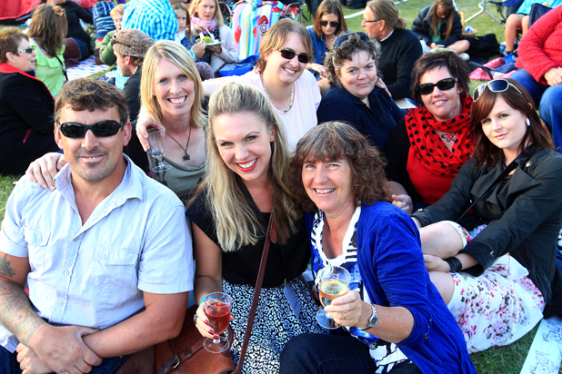 Classic Hits Winery Tour