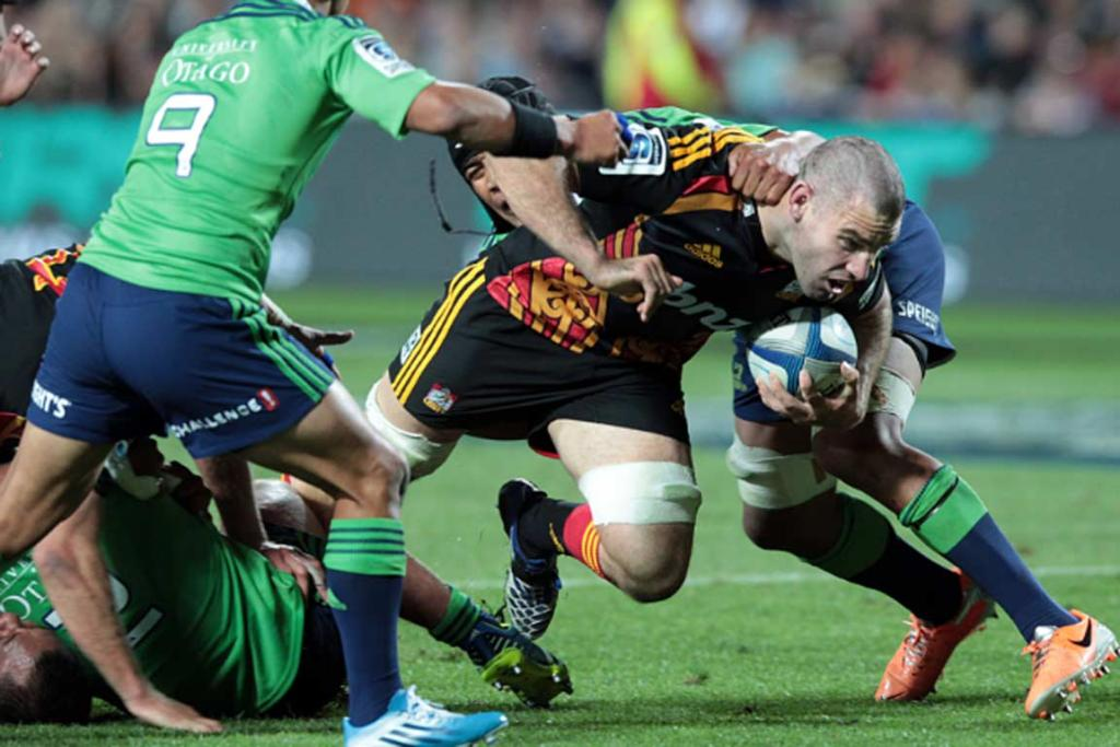 Chiefs lock Michael Fitzgerald charges forward at the Highlanders.