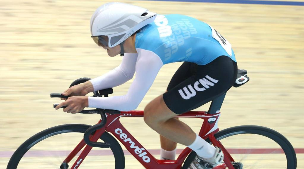 West Coast North Island rider Campbell Stewart on his way to winning the M17 2000m Individual Pursuit.