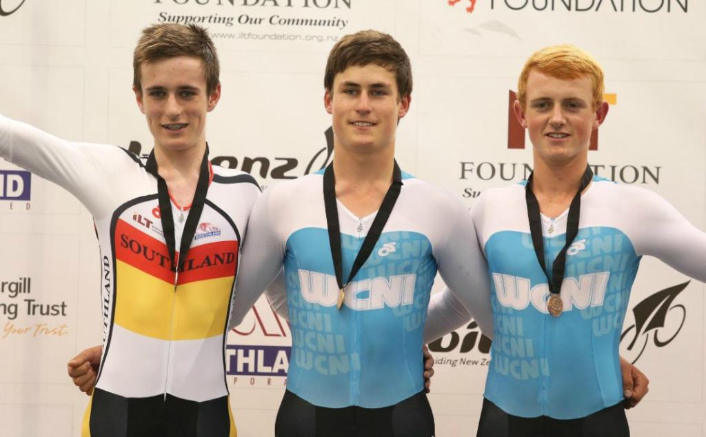 The podium for the U17 Men 2000m Individual Pursuit, from left, Tom Sexton (silver), Campbell Stewart (gold) & Carne Groube (bronze).