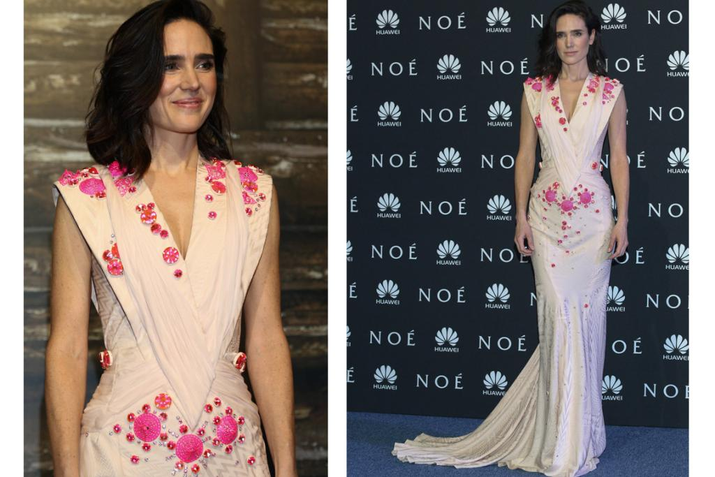 THE BEST: This is my best dressed look of the year so far. How the blazes does Jennifer Connelly make this Fall 2009 Givenchy Couture gown and its candy pink stones look so effortless? I think her easy-breezy hair and makeup has a lot to do with it (I'm glad she didn't go for a stiff 'my-temples-are-on-fire' up do). If I was to make a sci-fi movie with some kind of all-seeing matriarch queen in it that's not afraid to make the tough decisions, I'd base her look when attending the ball in which she chooses her next delegates for some blood-thirsty Hunger Games-style shenanigans on this fashion moment right here.