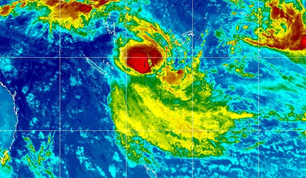 APPROACHING STORM: Cyclone Lusi at 6.32am March 13 - moving toward New Zealand.