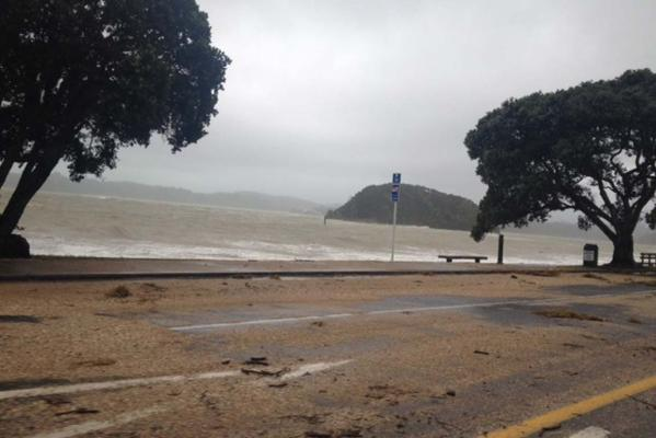 Cyclone Lusi hits NZ
