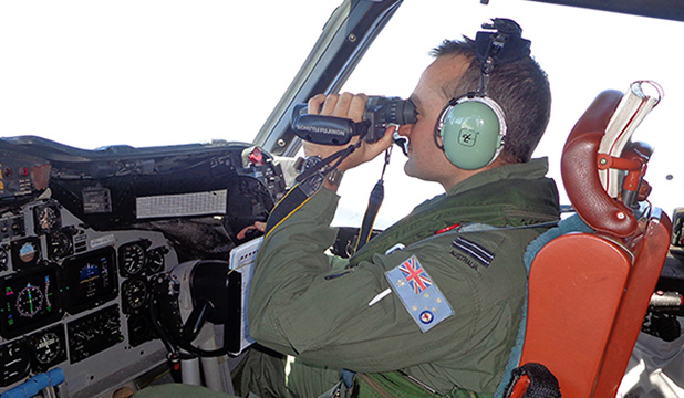 Australian searching for Malaysia Airlines plane