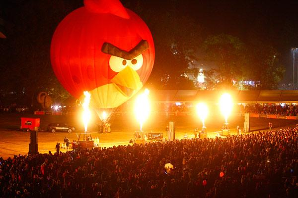 DAY FOUR: The Angry Bird balloon seemed at times like some demonic deity from the underworld.