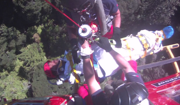 Hiker rescued Waitakere ranges