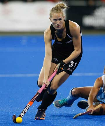 CHARGING FORWARD: New Zealand's Stacey Michelsen dribbles up-field during the Black Sticks' 3-2 loss to Argentina.