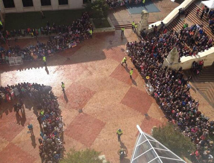 Vantage points were scarce in Wellington's Civic Square ahead of the royals' arrival.