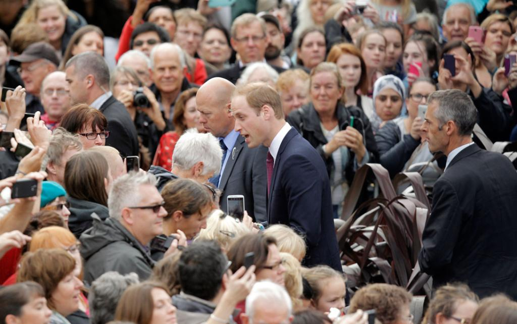 It was standing room only in central Wellington for the thousands of royals fans hoping for a glimpse of Wills and Kate.