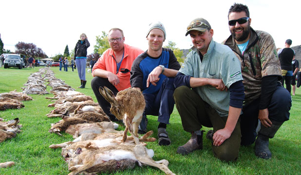 The Winton Wolfpack, from left, are Tara Burrows, background, team captain Jason Gerken, of Winton, Nathan Dawson, of Makarewa, Bruce Paterson, of Scott's Gap, and Kurt Brand, of Invercargill, at the Great Easter Bunny Hunt in Central Otago.