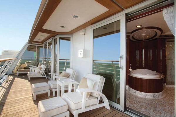 Cruise Balcony 1