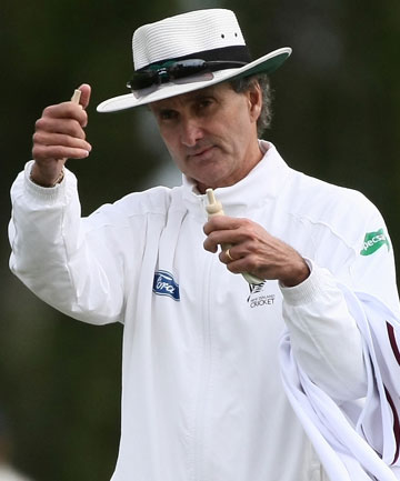 how to become icc umpire