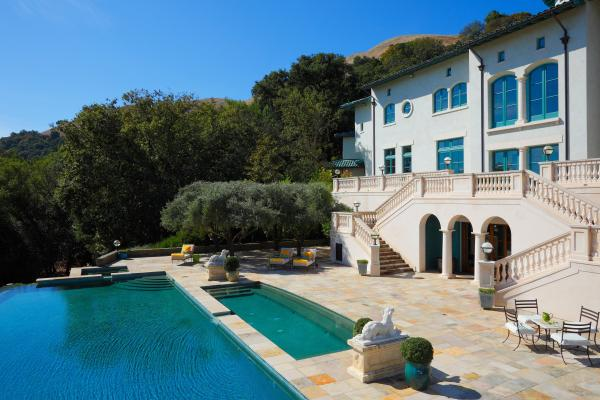Inside Robin Williams' mansion