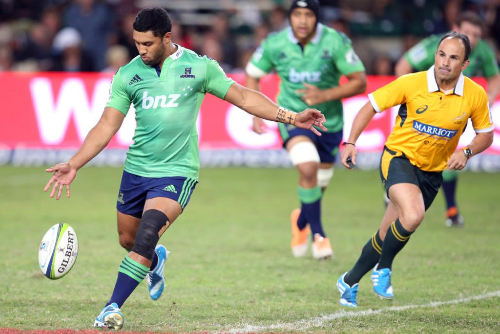 Lima Sopoaga of the Highlanders in action during the Super Rugby match between the Sharks and Highlanders.