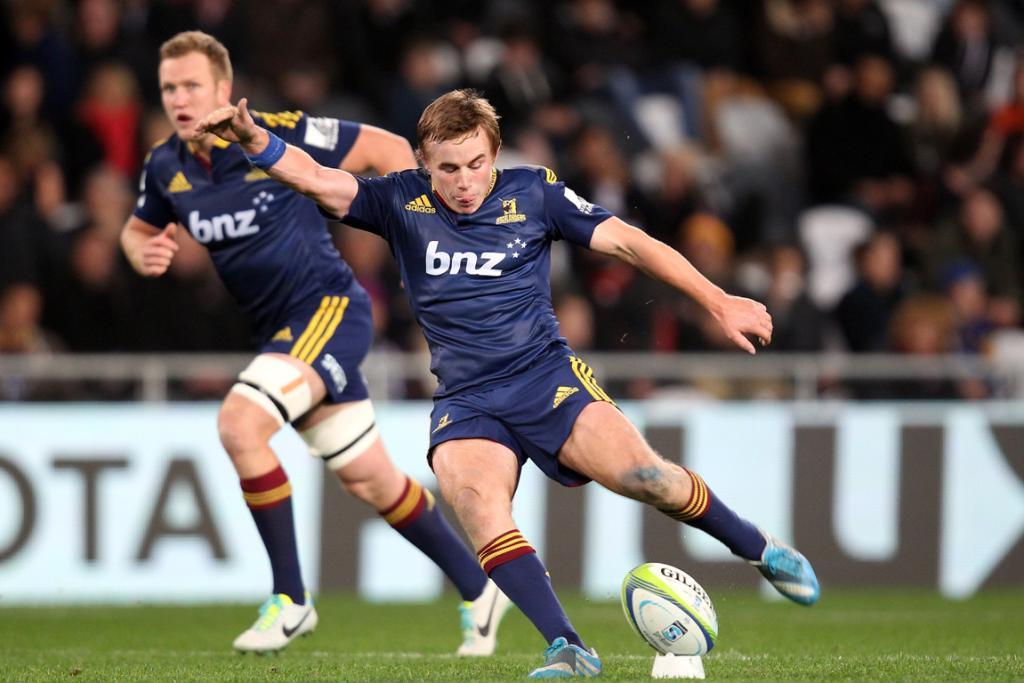 Hayden Parker of the Highlanders kicks a penalty during the Super Rugby match between the Highlanders and the Lions .