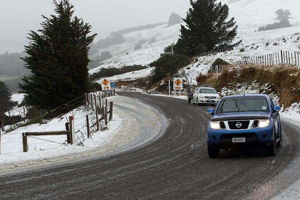 Snow on Akaroa Rd to Barry's Bay