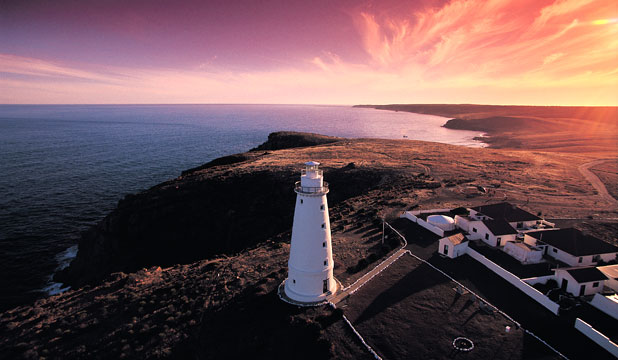 CAPE WILLOUGHBY LIGHTHOUSE: Winds howl, surf booms on cliffs and sunsets are spectacular.
