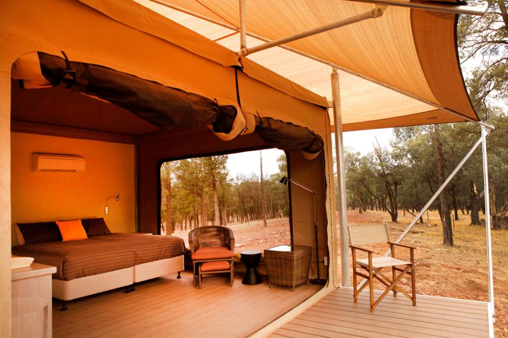 Ikara's 15 en suite premium tents are situated in a secluded location away from the main resort.