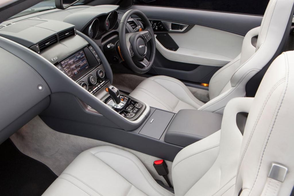 Pale trim: We prefer our F-type to have darker seats as the alternative does pick up denim stains. Mind you, you could eschew jeans altogether.