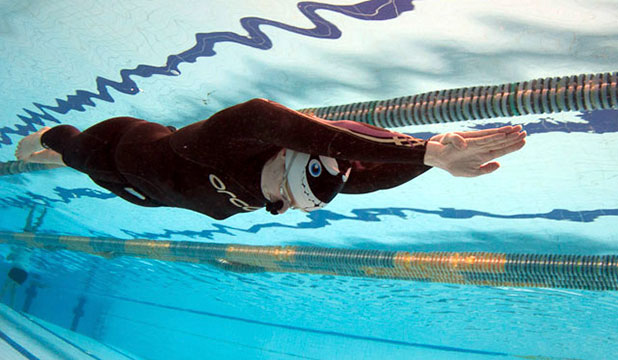 DEEP DIVE: Palmerston North woman Kathryn Nevatt holds her breath for 7 minutes 40s and sets a New Zealand record.