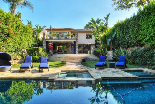 Kaley Cuoco's home