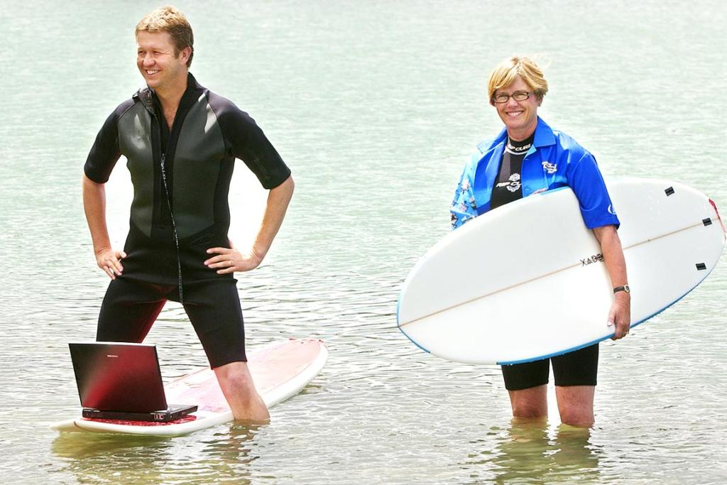 2006 and Labour's then-communications minister David Cunliffe and Wellington mayor Kerry Prendergast don their wetsuits (Cunliffe's was on back-to-front) and surf while surfing the net. It was a promotion for an internet conference in Wellington.