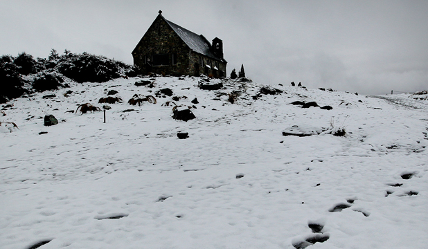 timaru tekapo church of the good shepherd snow footprints