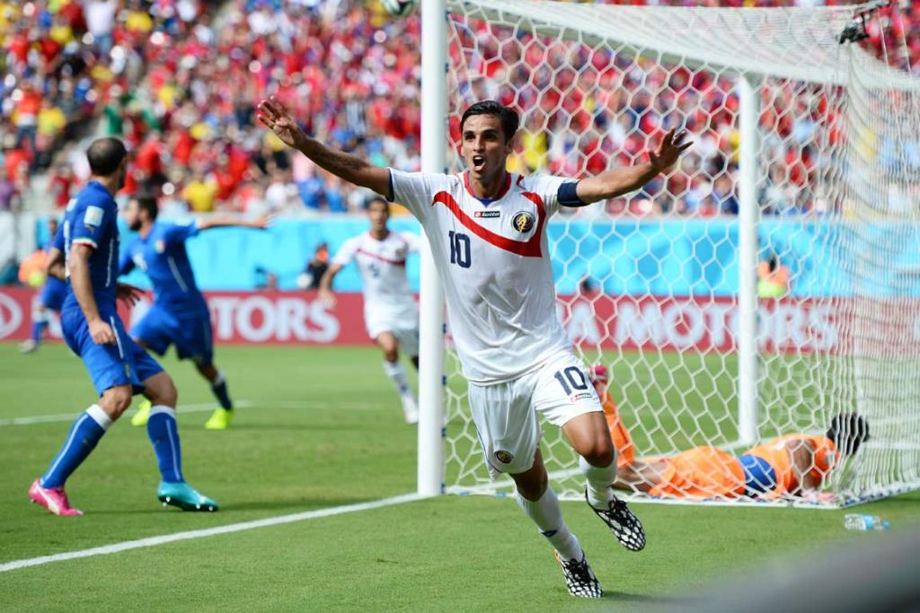 Bryan Ruiz celebrates his first-half goal that decided Costa Rica's 1-0 victory over Italy.