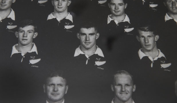 1959 JUNIOR ALL BLACKS: Roger Green stands to the left of Colin Meads.