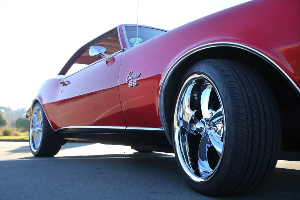The old tyres and rims on the 1968 Chevrolet Camaro were changed.