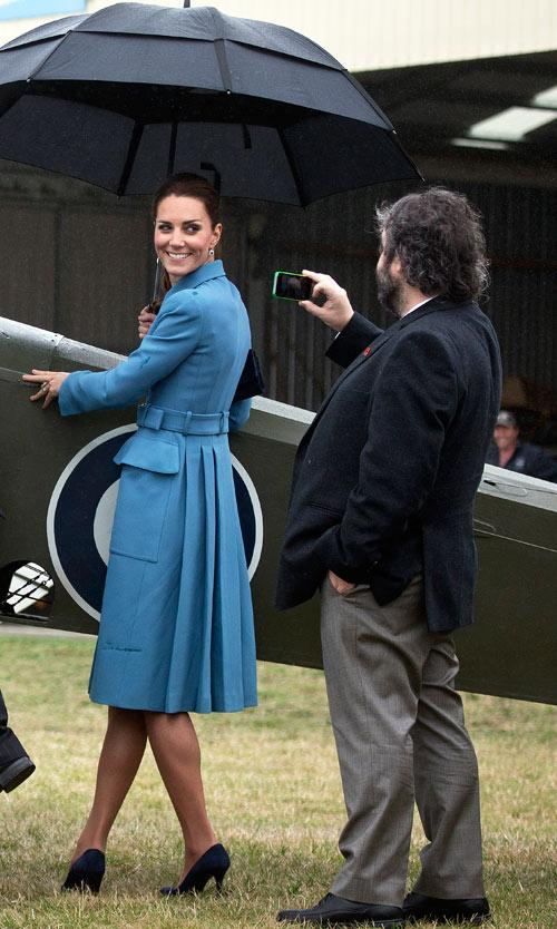 The Duke of Cambridge, Prince William and Kate Middleton, Duchess of Cambridge at Omaka Aviation Heritage Centre, Blenheim. Kate posing for Sir Peter Jackson.