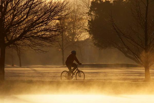 Cycling, Hagley Park, winter morning