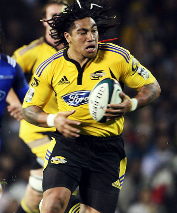 BACK TO HIS ROOTS: Ma'a Nonu in action for the Hurricanes during the 2008 Super Rugby season.