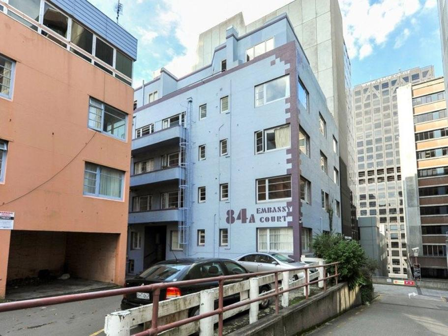 BOULCOTT STREET, WELLINGTON: This penthouse apartment is part of the Embassy Court complex, just off the Plimmer Steps.