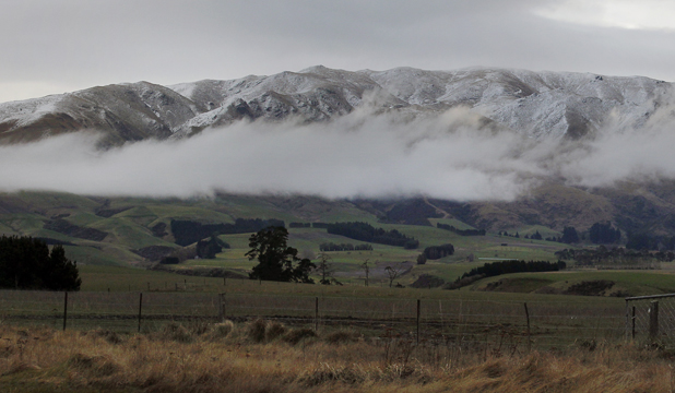 timaru fairlie hills snow cloud