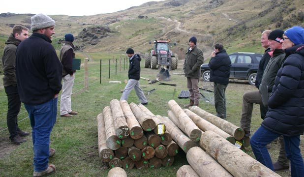 David Smith (second left) explains his reasons for fencing off 2.3km of the north branch of the Waikouaiti River to a Beef+LambNZ environmental planning workshop on his property.