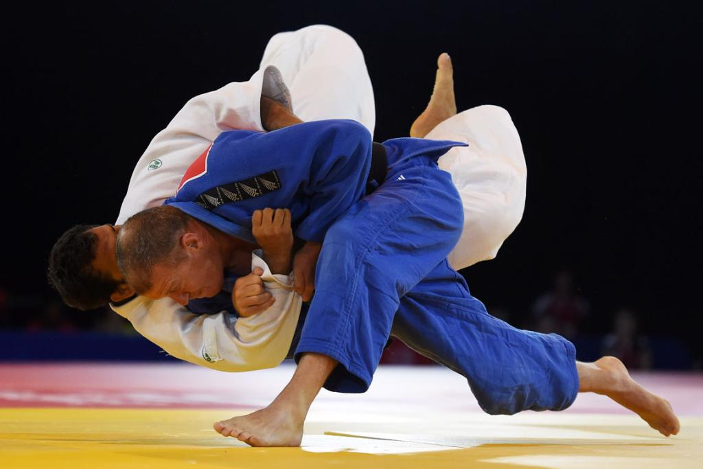 Tim Slyfield on his way to beating India's Sahil Pathanian, a man 12 years his junior by ippon, to claim a bronze medal.