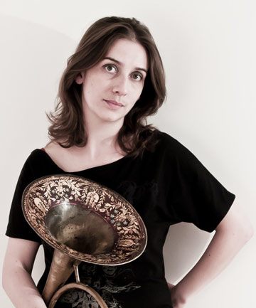 PALLET OF SOUND: British Natural Horn player Anneke Scott will show the audience at the Gallagher Academy of Performing Arts her abilities with the baroque instrument tomorrow night.