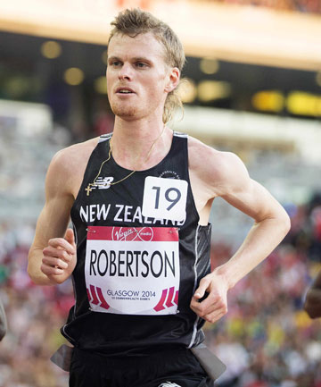 OUT OF GAS: Jake Robertson was on track in the final of the men's 1000m before running out of steam late in the race.