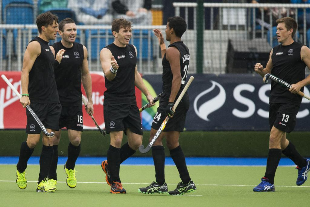 Black Sticks