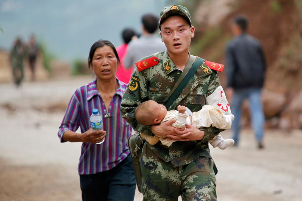 The quake killed hundreds and injured thousands more in the remote area of Yunnan province.