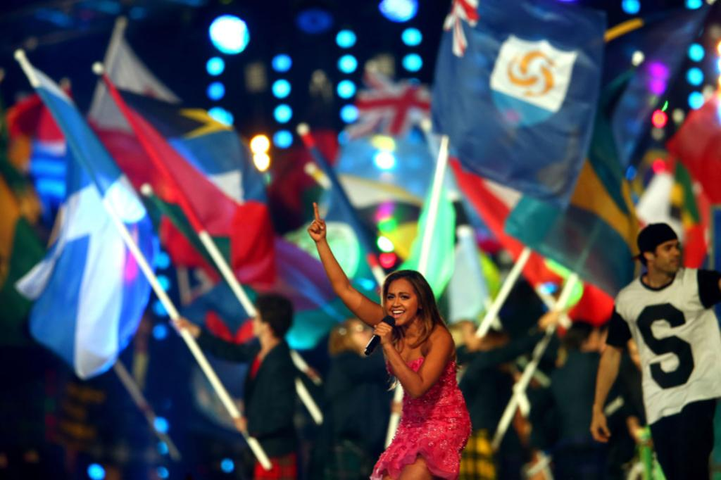 With the handover to Gold Coast complete, it was time for Australia singer Jessica Mauboy to rock the closing ceremony party.