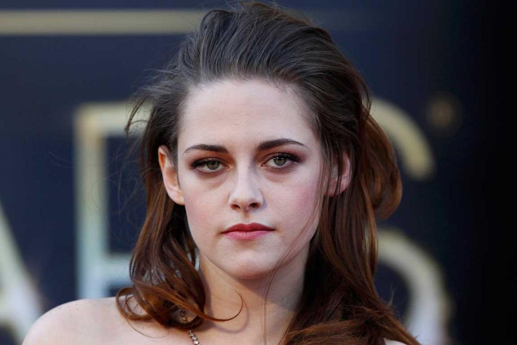 LOOKING GLOOMY: This is a photo of Stewart being in a splendid mood at the Oscars.