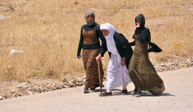 iraqis trapped on sinjar