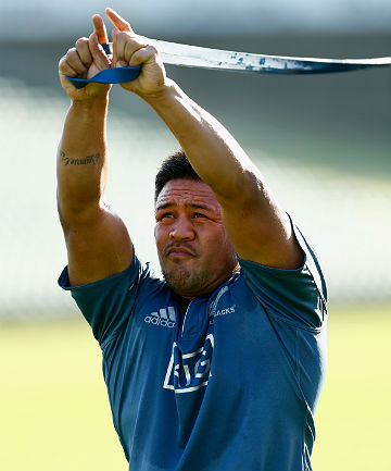 STALWART: He might be in the All Black monority but Keven Mealamu knows what it's like to long for the Bledisloe Cup.