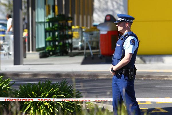 Shots fired at Hamilton supermarket